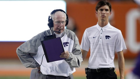 Oct 7, 2017; Austin, TX, USA; Kansas State Wildcats head coach Bill Snyder on the sidelines against the University of Texas Longhorns at Darrell K Royal-Texas Memorial Stadium. Mandatory Credit: Erich Schlegel-USA TODAY Sports