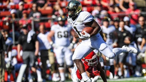 Oct 21, 2017; Piscataway, NJ, USA; Purdue Boilermakers running back D.J. Knox (1) runs the ball against the Rutgers Scarlet Knights during the second quarter at High Point Solutions Stadium. Mandatory Credit: Dennis Schneidler-USA TODAY Sports