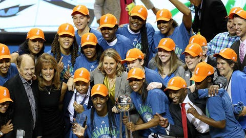 Minnesota Lynx (↑ UP)