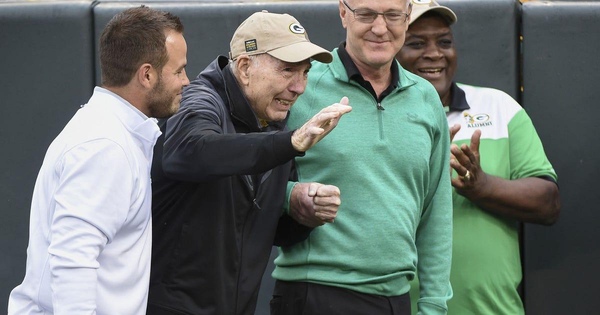 Legendary Packers QB Bart Starr makes return to Lambeau Field 1250fda66