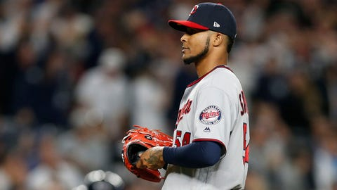 Twins' Ervin Santana out 10-12 weeks after surgery