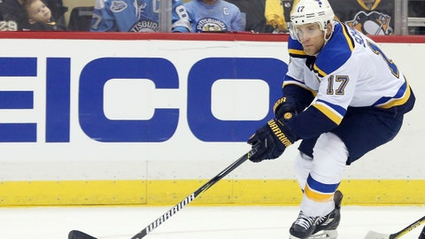 Blues score three times in second period, hold off Avalanche