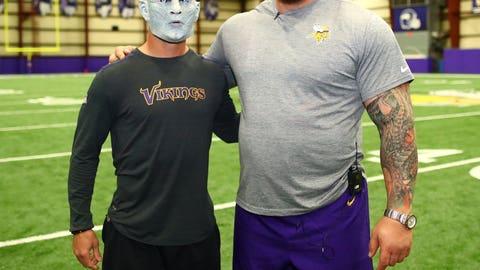 Hafthor Bjornsson, the Mountain/Celebrity Vikings fan