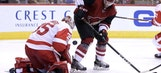 Howard comes up big for Red Wings in 4-2 win over Coyotes