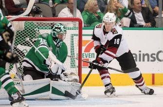 Bishop makes 27 saves, Stars beat winless Coyotes 3-1