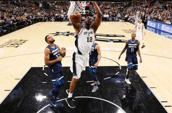 Images of Aldridge's double-double leads Spurs by Timberwolves, 107-99