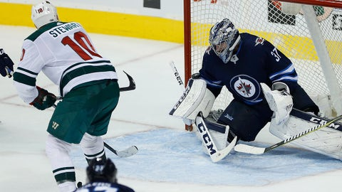 Wheeler scores 200th National Hockey League  goal, Jets beat Wild 4-3