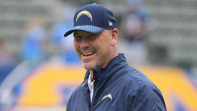 Chargers retain coordinators Bradley and Whisenhunt