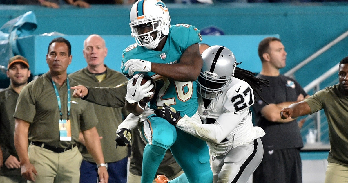 111317-fsf-nfl-miami-dolphins-williams-pi.vresize.1200.630.high.0