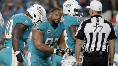 Los Angeles Rams sign DT Ndamukong Suh to 1-year deal