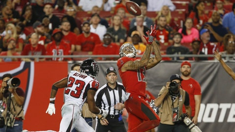 Bucs battle back after early deficit but fall to Falcons, 34-20
