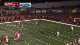 Playoffs, semifinals: Osborne wins a midair battle for the TD