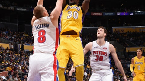LOS ANGELES, CA - OCTOBER 31:  Julius Randle #30 of the Los Angeles Lakers goes to the basket against the Detroit Pistons on October 31, 2017 at STAPLES Center in Los Angeles, California. NOTE TO USER: User expressly acknowledges and agrees that, by downloading and/or using this Photograph, user is consenting to the terms and conditions of the Getty Images License Agreement. Mandatory Copyright Notice: Copyright 2017 NBAE (Photo by Adam Pantozzi/NBAE via Getty Images)