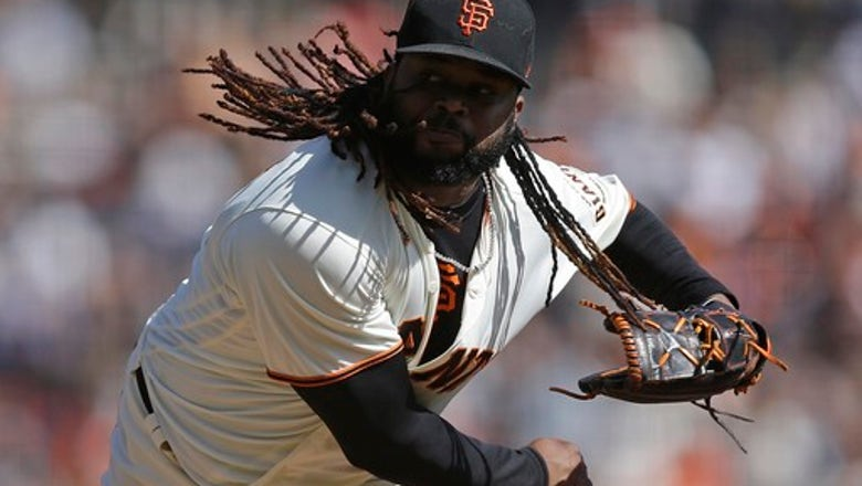 Pitcher Johnny Cueto decides to stay Giants, no opting out