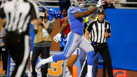 Detroit Lions tight end Eric Ebron runs into the endzone for a 29-yard reception for a touchdown during the second half of an NFL football game against the Cleveland Browns, Sunday, Nov. 12, 2017, in Detroit. (AP Photo/Paul Sancya)