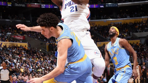 LOS ANGELES, CA - NOVEMBER 15:  Joel Embiid #21 of the Philadelphia 76ers goes to the basket against the Los Angeles Lakers on November 15, 2017 at STAPLES Center in Los Angeles, California. NOTE TO USER: User expressly acknowledges and agrees that, by downloading and/or using this Photograph, user is consenting to the terms and conditions of the Getty Images License Agreement. Mandatory Copyright Notice: Copyright 2017 NBAE (Photo by Andrew D. Bernstein/NBAE via Getty Images)