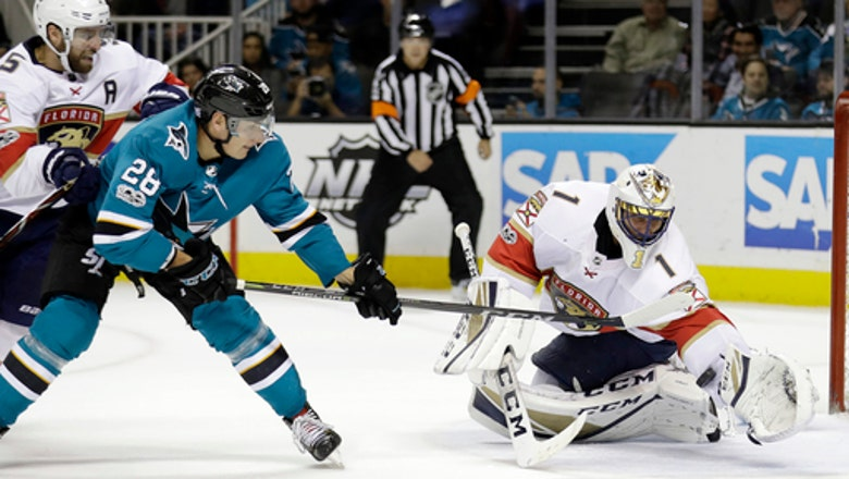 Luongo stops 35 shots in Panthers' 2-0 win over Sharks