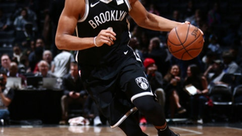 BROOKLYN, NY - NOVEMBER 17: Spencer Dinwiddie #8 of the Brooklyn Nets handles the ball during the game against the Utah Jazz on November 17, 2017 at Barclays Center in Brooklyn, New York. NOTE TO USER: User expressly acknowledges and agrees that, by downloading and or using this Photograph, user is consenting to the terms and conditions of the Getty Images License Agreement. Mandatory Copyright Notice: Copyright 2017 NBAE (Photo by Nathaniel S. Butler/NBAE via Getty Images)