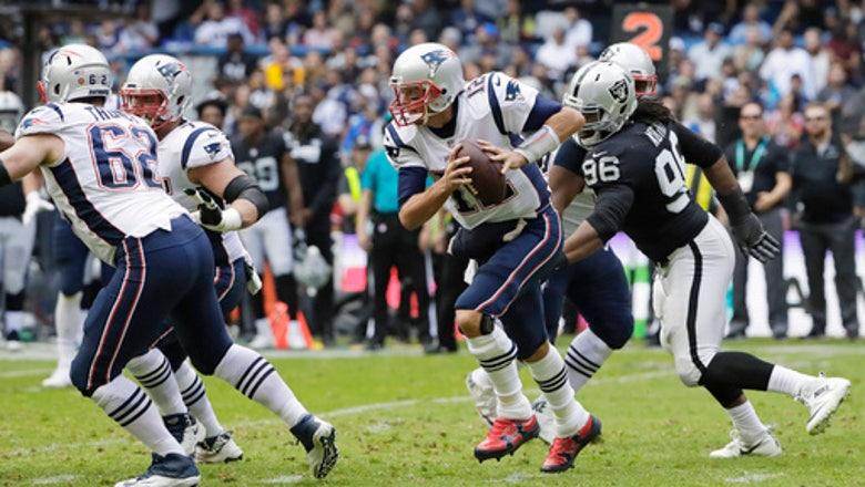 Brady picks apart Raiders in Patriots' 33-8 win in Mexico