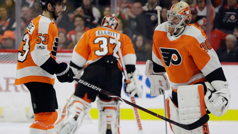 Boeser scores twice, Canucks beat skidding Flyers 5-2