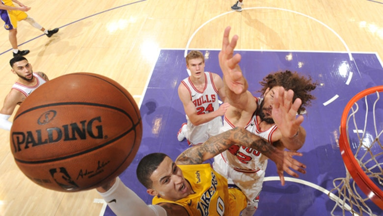 Lakers rally from 19-point deficit to beat Bulls 103-94
