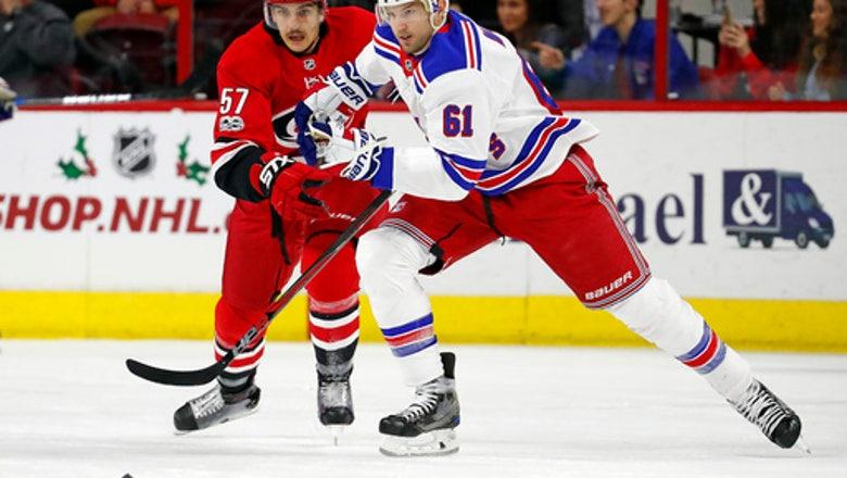 Kreider, Fast lead Rangers to 6-1 win over Hurricanes