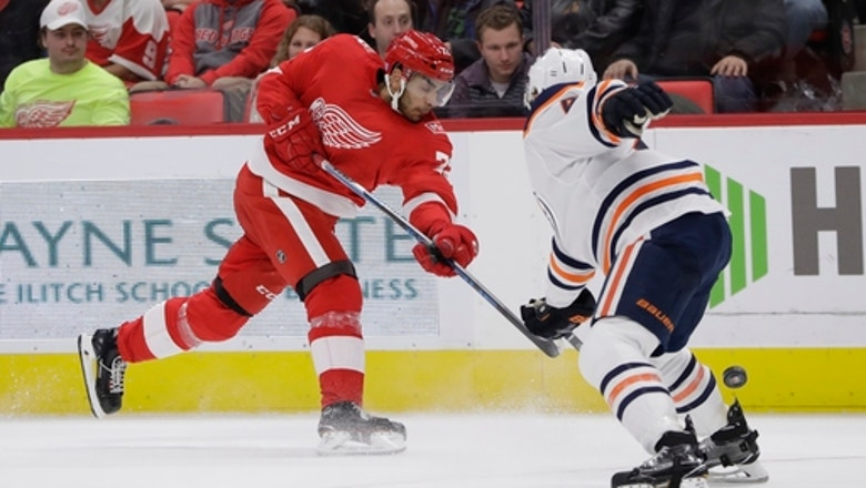 Oilers halt losing streak with 6-2 win over Red Wings