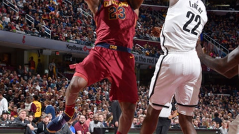 CLEVELAND, OH - NOVEMBER 22:  LeBron James #23 of the Cleveland Cavaliers dunks against the Brooklyn Nets on November 22, 2017 at Quicken Loans Arena in Cleveland, Ohio. NOTE TO USER: User expressly acknowledges and agrees that, by downloading and/or using this Photograph, user is consenting to the terms and conditions of the Getty Images License Agreement. Mandatory Copyright Notice: Copyright 2017 NBAE  (Photo by David Liam Kyle/NBAE via Getty Images)