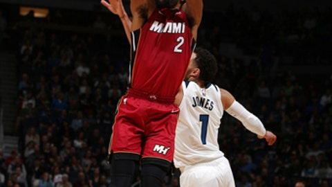 MINNEAPOLIS, MN -  NOVEMBER 24: Wayne Ellington #2 of the Miami Heat shoots the ball against the Minnesota Timberwolves on November 24, 2017 at Target Center in Minneapolis, Minnesota. NOTE TO USER: User expressly acknowledges and agrees that, by downloading and or using this Photograph, user is consenting to the terms and conditions of the Getty Images License Agreement. Mandatory Copyright Notice: Copyright 2017 NBAE (Photo by David Sherman/NBAE via Getty Images)