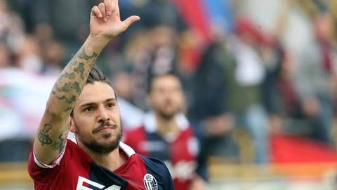 Bologna's Simone Verdi celebrates after scoring during the Serie A soccer match between Bologna and Sampdoria, at the Renato Dall'Ara stadium in Bologna, Italy, Saturday, Nov. 25,  2017. (Giorgio Benvenuti/ANSA via AP)