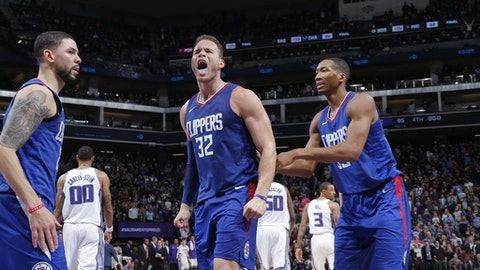 SACRAMENTO, CA - NOVEMBER 25: Blake Griffin #32 of the LA Clippers reacts after winning the game against the Sacramento Kings on November 25, 2017 at Golden 1 Center in Sacramento, California. NOTE TO USER: User expressly acknowledges and agrees that, by downloading and or using this Photograph, user is consenting to the terms and conditions of the Getty Images License Agreement. Mandatory Copyright Notice: Copyright 2017 NBAE (Photo by Rocky Widner/NBAE via Getty Images)
