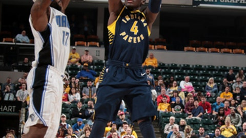 INDIANAPOLIS, IN - NOVEMBER 27:  Victor Oladipo #4 of the Indiana Pacers shoots the ball against the Orlando Magic on November 27, 2017 at Bankers Life Fieldhouse in Indianapolis, Indiana. NOTE TO USER: User expressly acknowledges and agrees that, by downloading and or using this Photograph, user is consenting to the terms and conditions of the Getty Images License Agreement. Mandatory Copyright Notice: Copyright 2017 NBAE (Photo by Ron Hoskins/NBAE via Getty Images)