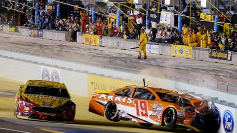 HOMESTEAD, FL - NOVEMBER 20:  Carl Edwards, driver of the #19 ARRIS Toyota, is involved in an on-track incident after making contact with Joey Logano, driver of the #22 Shell Pennzoil Ford, during the NASCAR Sprint Cup Series Ford EcoBoost 400 at Homestead-Miami Speedway on November 20, 2016 in Homestead, Florida.  (Photo by Chris Trotman/Getty Images)