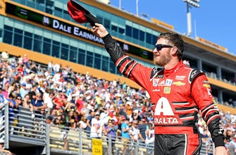 Dale Earnhardt Jr. to serve as Grand Marshal for the 2018 Daytona 500