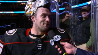 Gibson stands tall in net for the Ducks in 4-2 win