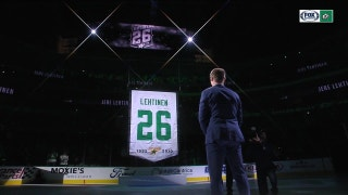 Lehtinen's Jersey Number being raised at American Airlines Center