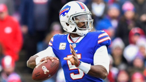 Nov 12, 2017; Orchard Park, NY, USA; Buffalo Bills quarterback Tyrod Taylor (5) sets to throw the ball during the third quarter a game against the New Orleans Saints at New Era Field. Mandatory Credit: Mark Konezny-USA TODAY Sports