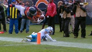 Tarik Cohen leaps for a 15-yard touchdown