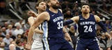 Grizzlies LIVE to Go: Grizzlies 4th Quarter rally comes up short as they fall to the Spurs 104-95