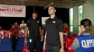 Clippers Weekly: Teamwork at the Table food and clothing drive