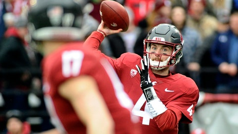 Nov 4, 2017; Pullman, WA, USA; Washington State Cougars quarterback Luke Falk (4) throws a pass into the flat against the Stanford Cardinal during the first half at Martin Stadium. Mandatory Credit: James Snook-USA TODAY Sports