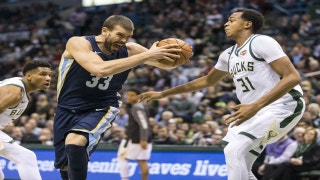 Grizzlies LIVE to Go: Memphis ends five-game road trip with a loss to the Milwaukee Bucks 110-103