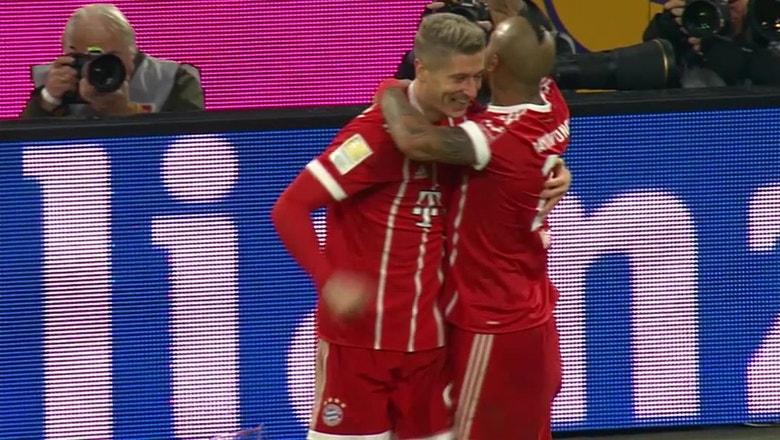 Lewandowski strikes for Bayern against Augsburg | 2017-18 Bundesliga Highlights