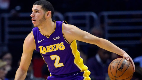 November 27, 2017; Los Angeles, CA, USA; Los Angeles Lakers guard Lonzo Ball (2) controls the ball against the Los Angeles Clippers during the first half at Staples Center. Mandatory Credit: Gary A. Vasquez-USA TODAY Sports