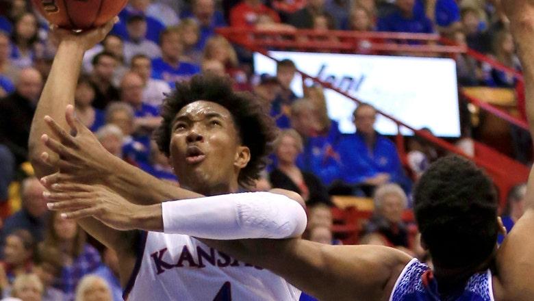 No. 4 Kansas preps for early season battle against No. 5 Kentucky