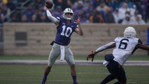 Nov 11, 2017; Manhattan, KS, USA; Kansas State Wildcats quarterback Skylar Thompson (10) drops back to pass during first-quarter actin against the West Virginia Mountaineers at Bill Snyder Family Stadium. Mandatory Credit: Scott Sewell-USA TODAY Sports