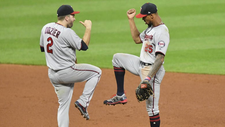 Twins boast pair of Gold Glove winners in Buxton, Dozier