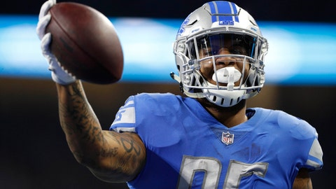 Colts sign former Lions tight end Eric Ebron