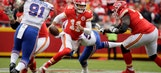 Chiefs' Reid wants critics to lay off Alex Smith