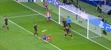 Antoine Griezmann scores great overhead goal vs. Roma | 2017-18 UEFA Champions League Highlights
